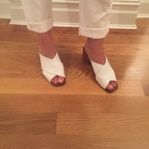 Trendy Zara White Leather Slides w Wood Block Heel